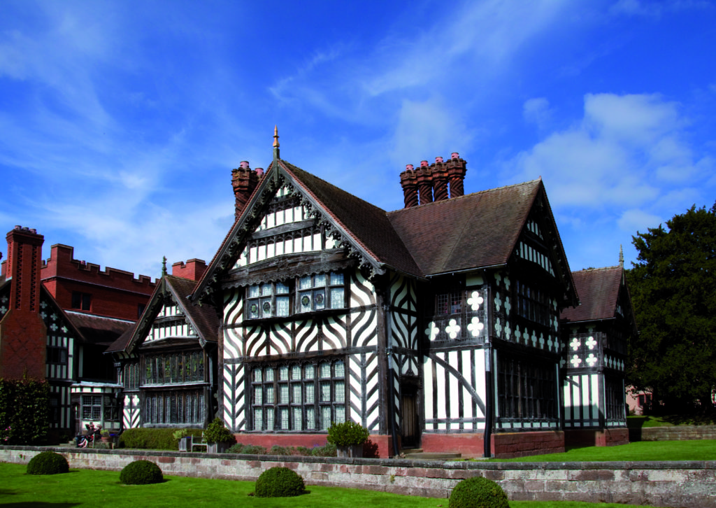 Wightwick_Manor1